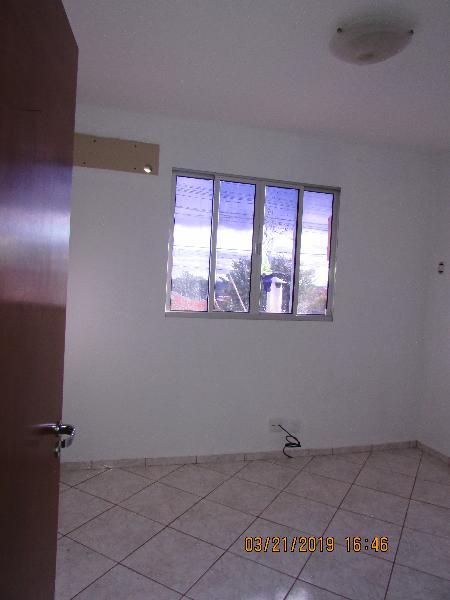 Casa Cond. Fechado  com 3 quartos sendo 1 Suíte no Village Flamboyant, Cuiabá  - MT
