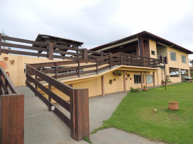 Casa Cond. Fechado  com 4 quartos sendo 3 Suítes no Portal do Manso, Cuiabá  - MT