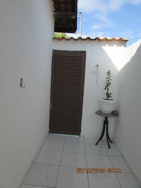 Casa Cond. Fechado  com 2 quartos no Coophema, Cuiabá  - MT