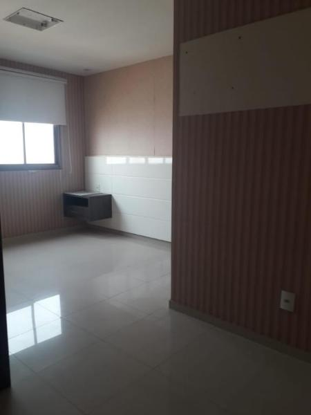 Apartamento  com 3 quartos sendo 3 Suítes no Duque de Caxias, Cuiabá  - MT