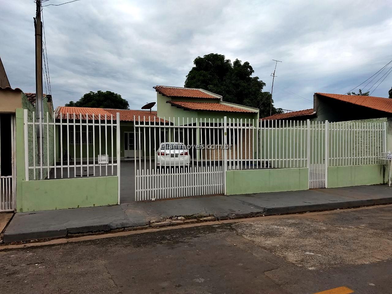 Casa  com 2 quartos no Jardim Comodoro, Cuiabá  - MT