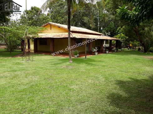 Chácara Sítio  com 4 quartos sendo 2 Suítes no Morrinhos, Santo Antônio do Leverger  - MT