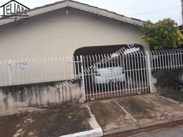 Casa  com 2 quartos sendo 2 Suítes no Jardim Industriário, Cuiabá  - MT