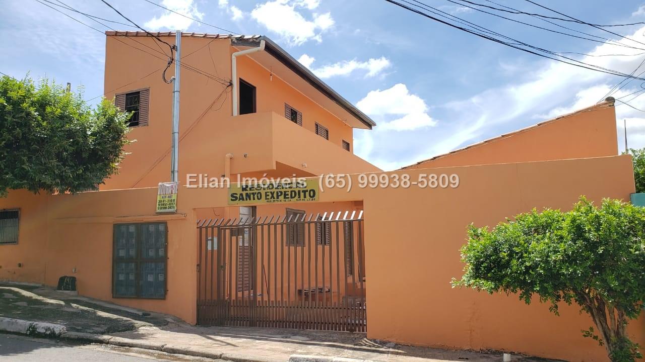 Prédio  com 12 quartos sendo 2 Suítes no Jardim Universitário, Cuiabá  - MT